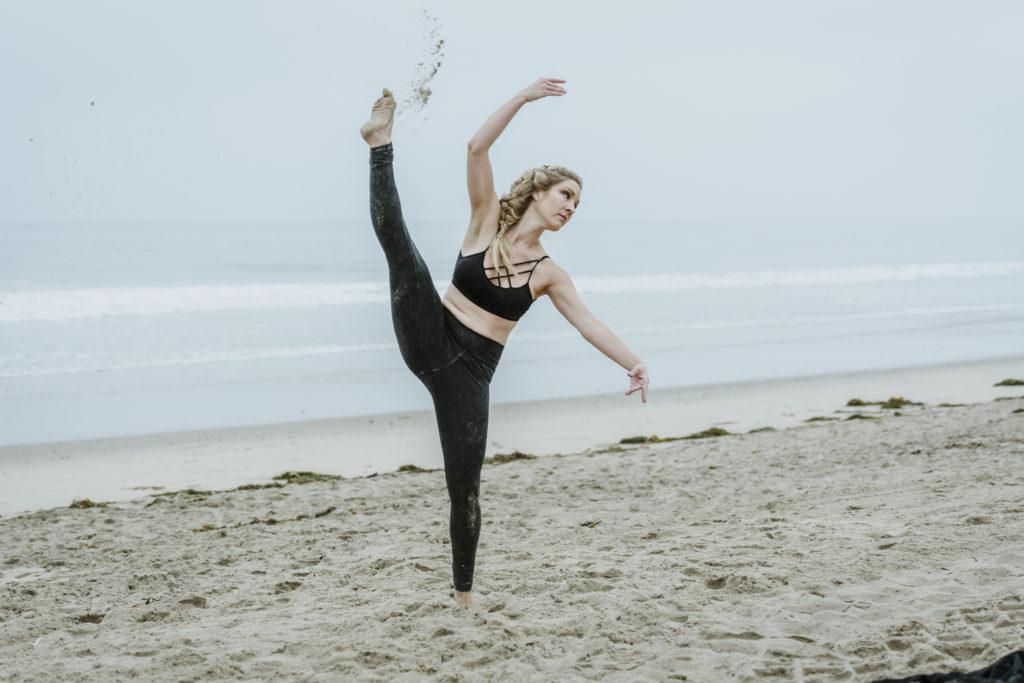 DSC_4420 - Hollys Sand Dance Project - Yanas Photos - Los Angeles Lifestyle Photographer